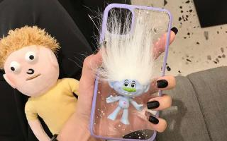 一路火花带闪电巨魔娃娃手机壳