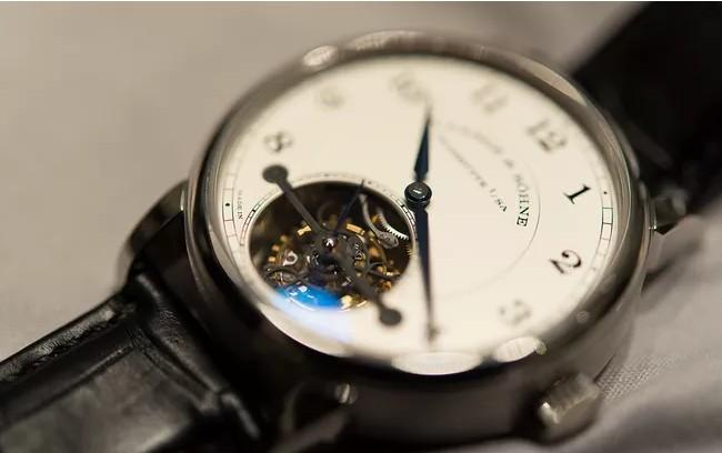 名贵的手表.JPG